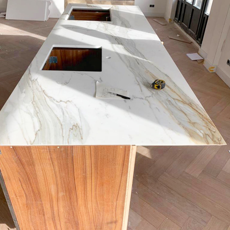 Installing a top quality marble kitchen