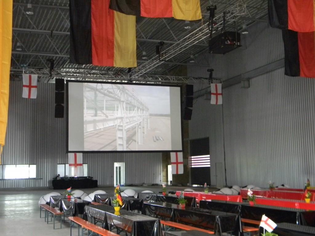 Fußball WM Leinwand 16:9 Format mit 8m. breite