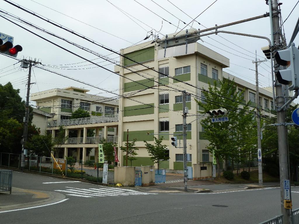 松が丘小学校(SC21松が丘)