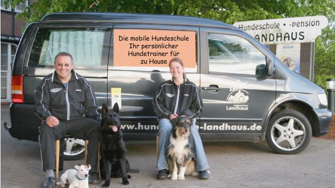Die mobile Hundeschule ist in ganz Deutschland unterwegs