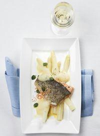 Fisch mit Spargel, © ÖWM / Ulli Kohl