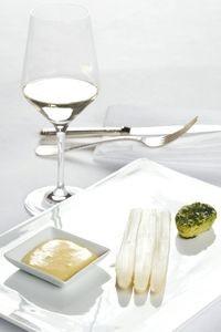 Spargel mit Sauce Hollandaise, © ÖWM / Ulli Kohl