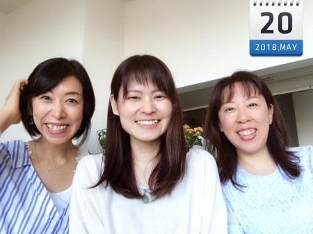 東京リラックセーションアカデミースクールブログ。ボディセラピストコース卒業生田舘さんとボディケアリストコース在校生原さんと3人の記念写真