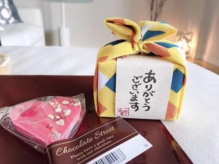 東京リラックセーションアカデミースクールブログ。リンパケアリストコース在校生今野さんに頂いたお菓子