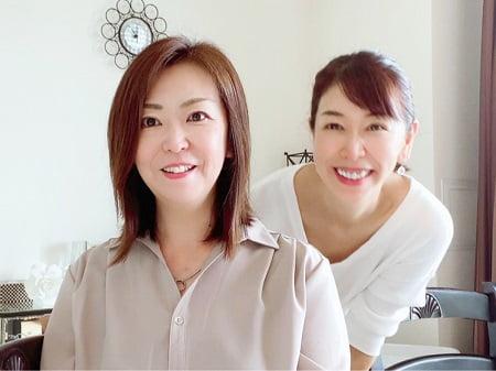東京リラックセーションアカデミースクールブログ。リンパケアリストコース今野さんと二人の写真
