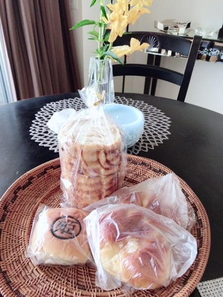 東京リラックセーションアカデミースクールブログ。安島さんから頂いた絶品パン