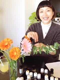 東京リラックセーションアカデミースクールブログ。メディカルアロマ体験レッスン受講生平田さんの写真