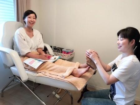 【リフレ】リンパケアリストコース長谷川さんとボディセラピストコース稲生さん