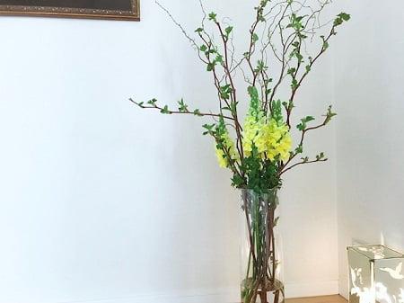 東京リラックセーションアカデミーダイニングの花。