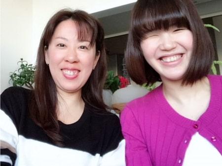 ボディセラピストコース卒業生田舘さんとボディセラピストコース在校生桑名さん