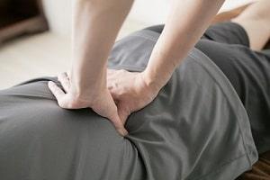 整体・ボディケア1日講座、腰痛20分コースが学べる講習