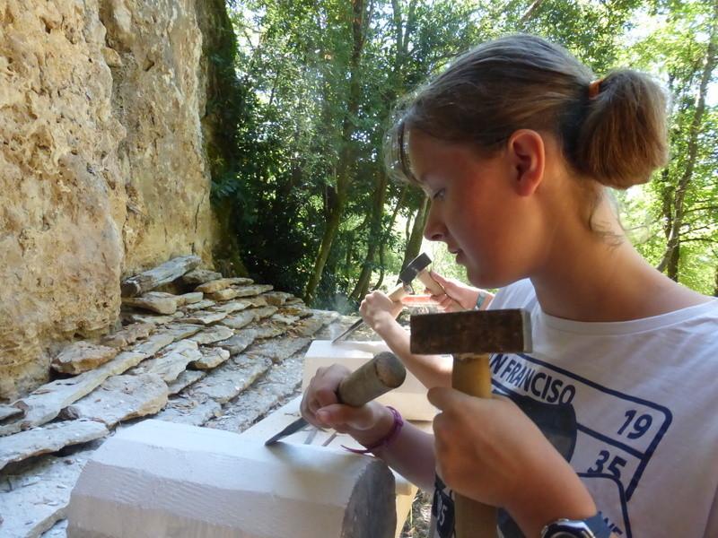 Faycelles  - Sculpture sur pierre