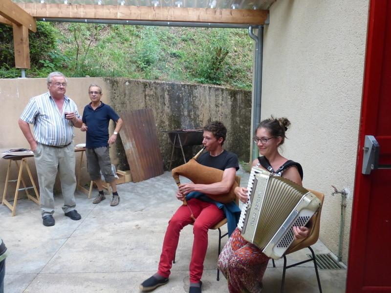 Repas avec les habitants de St Perdoux