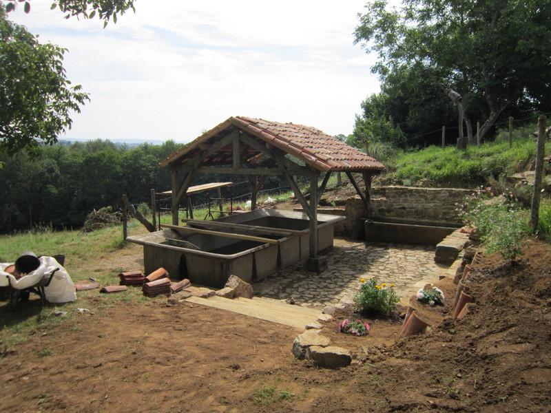 Le lavoir rénové! 5 ans de chantier et des litres d'huile de coude de plus de 100 jeunes