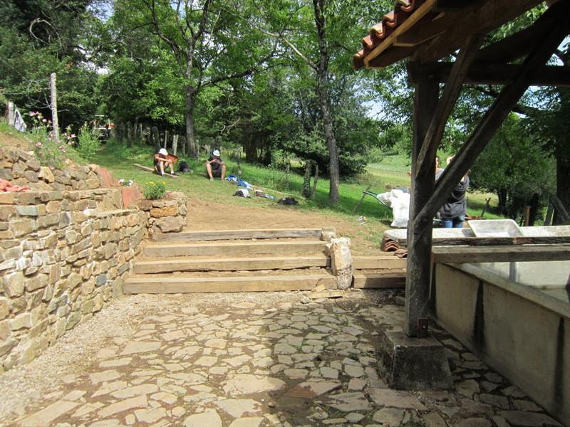 2014: construction d'un escalier d'accès en bois
