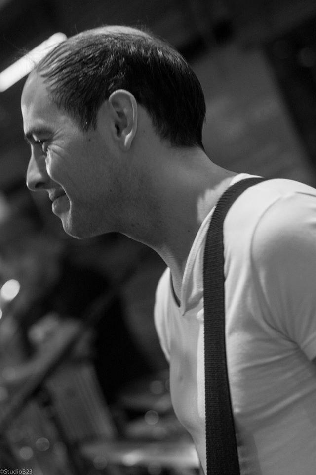 Frank Moeris - Guitar