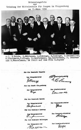 Foto mit Unterschriften der Gründungsversammlung vom 15. März 1958