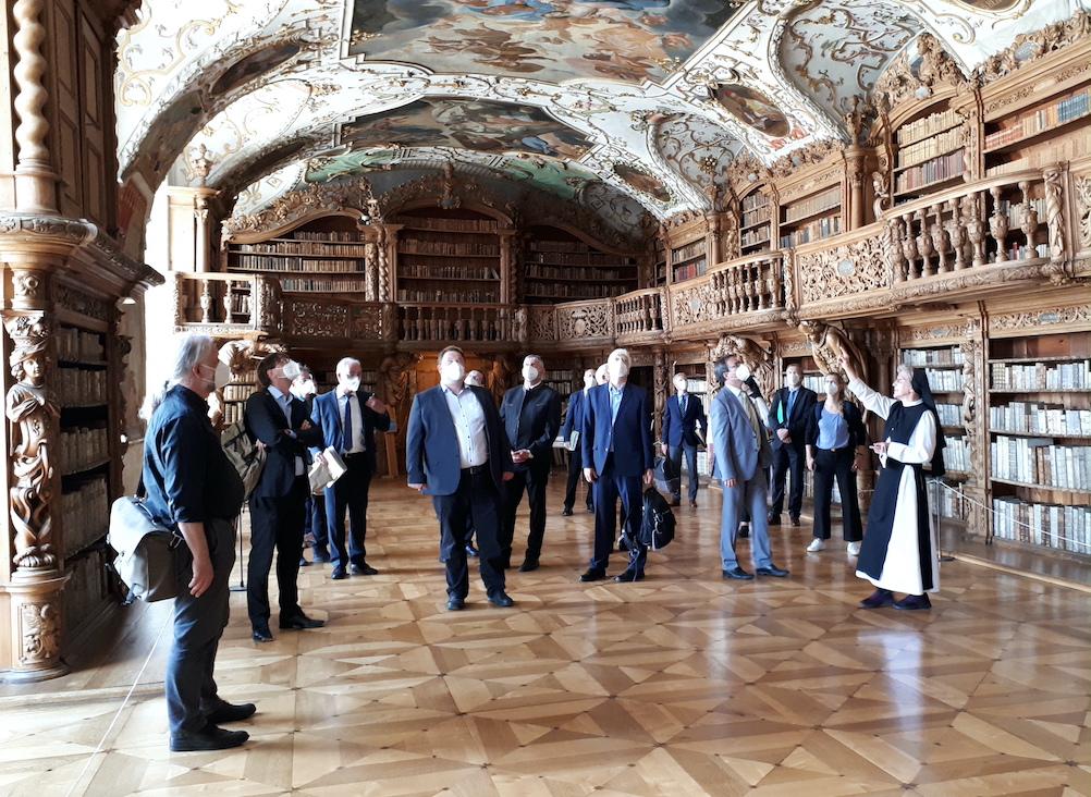 Sanierung und neues Nutzungskonzept des Waldsassener Bibliotheksaals