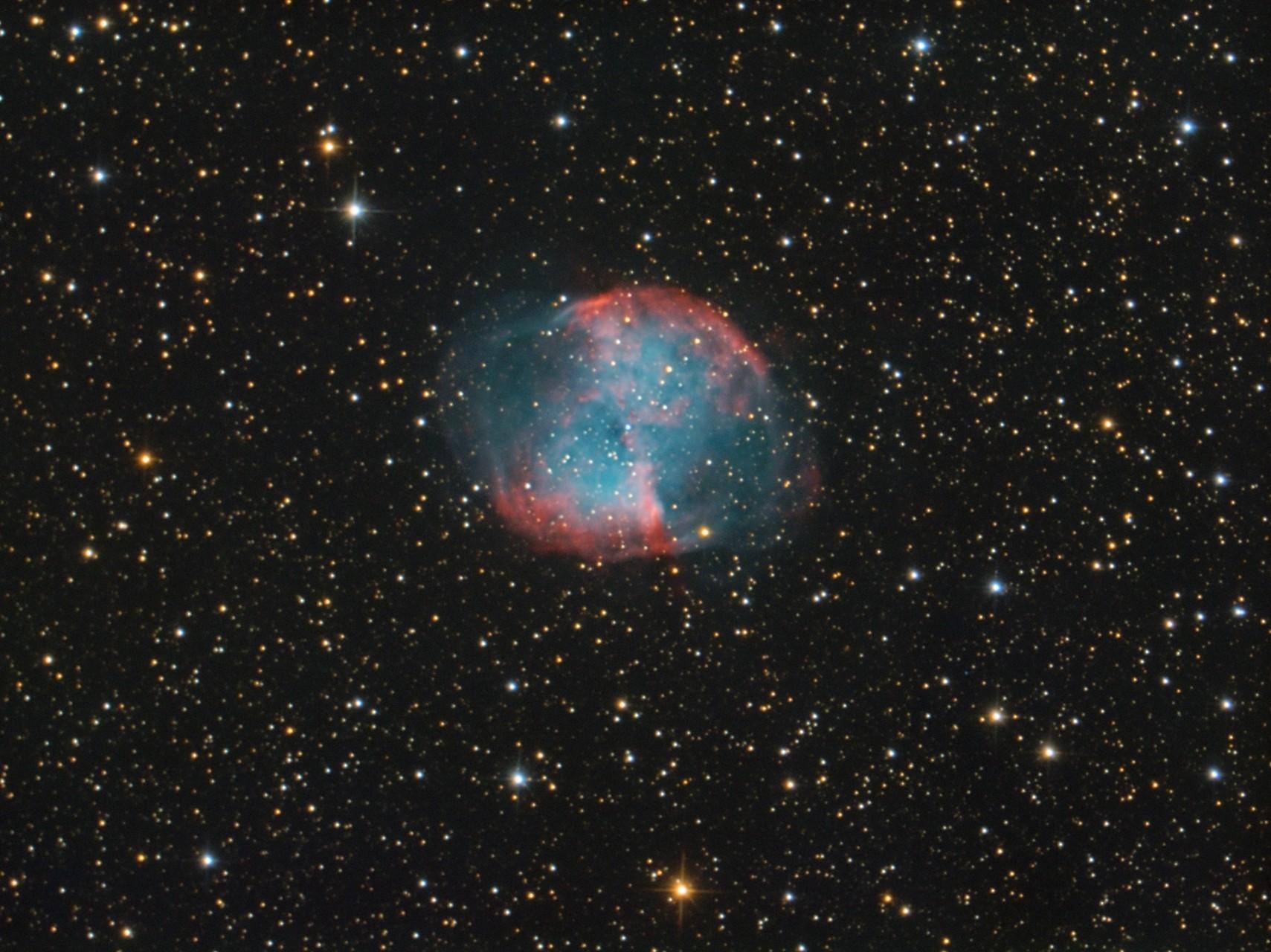 "M 27, TS RC8"",  Astro Physics Reducer, Atik 428color, Baader Neodymiumfilter, 50x300s"