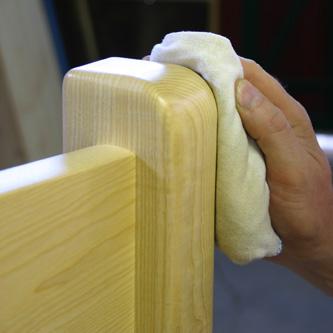 Holz-glatt-gewachst
