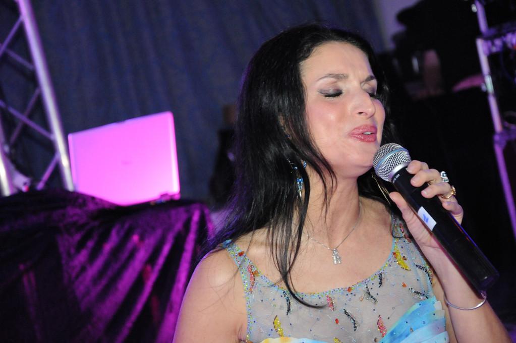 Régina chanteuse de variété