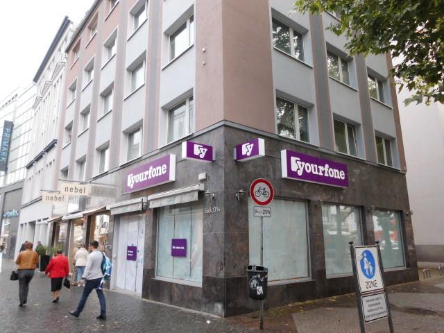 yourfone Deutschland | Umrüstung von 100 Stores für yourfone