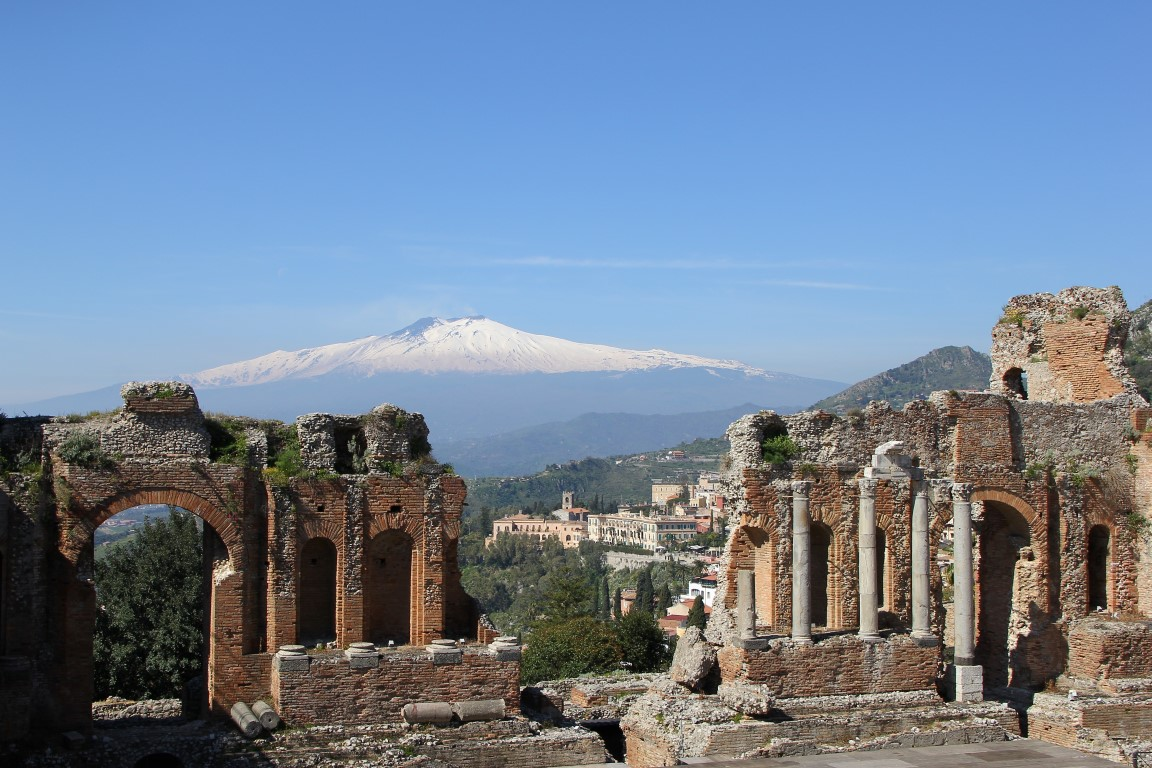 Anfiteatro Greco | Taormina | Vista sul Etna I