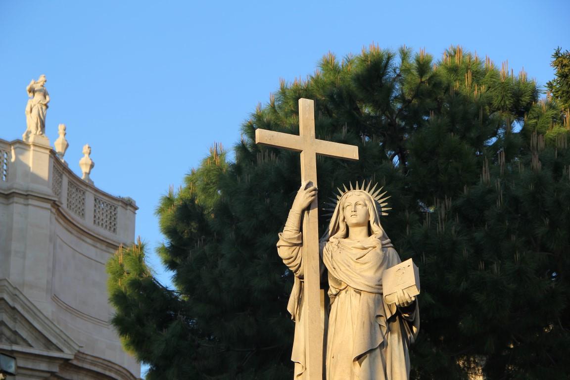 Madonna al centro di Catania