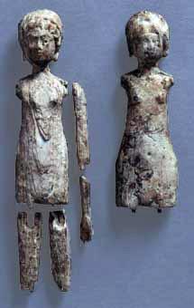 Poupées en ivoire, 4e siècle après J.C. Suisse