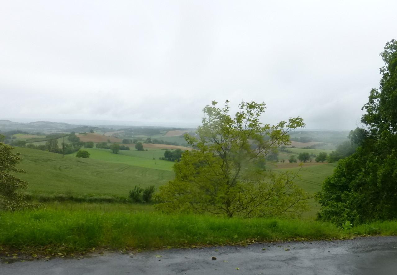 Paysage sous la pluie