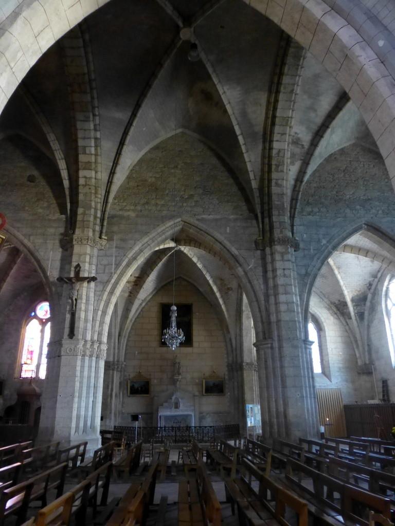 Intérieur de l'église Saint PIerre à Auvillar