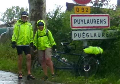 Cyclistes sous la pluie