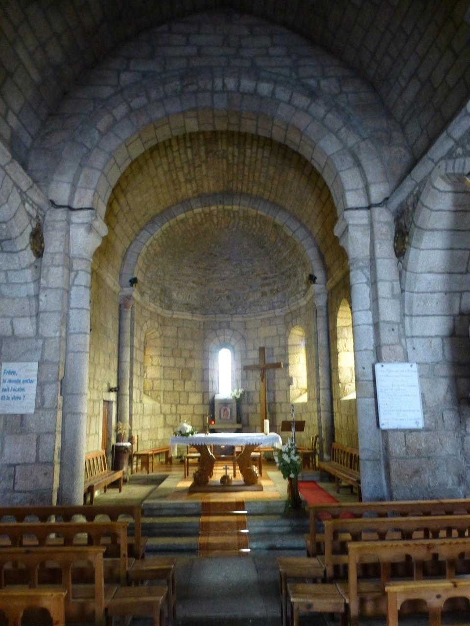 Intérieur de l'Eglise de Fournels