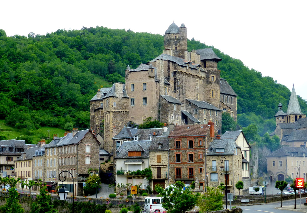 Estaing - Le Village -