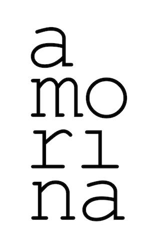 Amorina Logo Weiss // 310 x 500