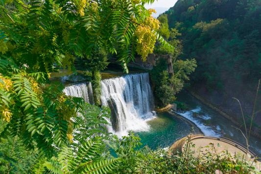 Der berühmte Wasserfall von Jajce mitten im Ort. Wunderschön!