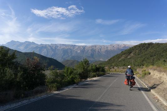 Albanien gibt noch einmal richtig Gas. Die Natur ist der Wahnsinn!