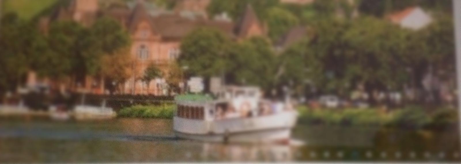 Bootsfahrt auf dem Neckar ( unscharf, Datenschutz)