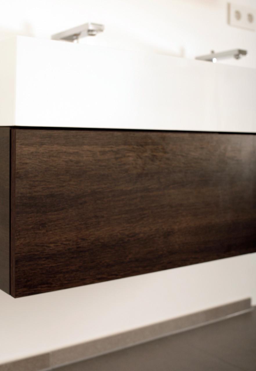 Waschtisch-Unterschrank in Holzdekor
