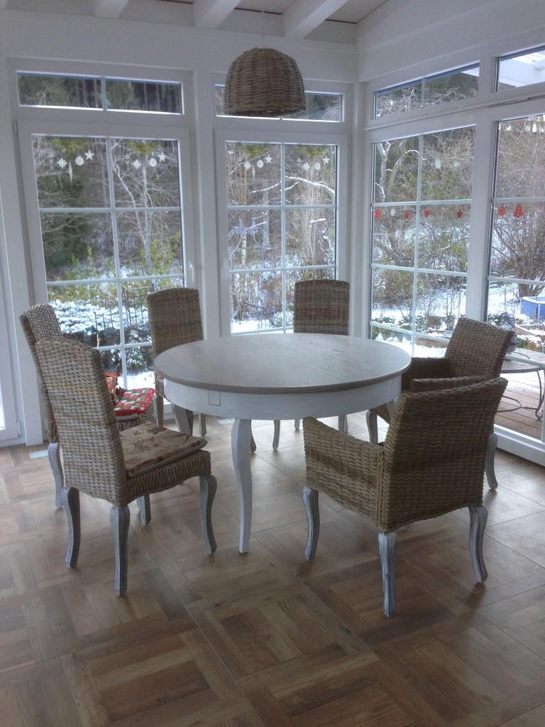 ausziehbarer tisch im landhausstil holzdesign rapp geisingen. Black Bedroom Furniture Sets. Home Design Ideas
