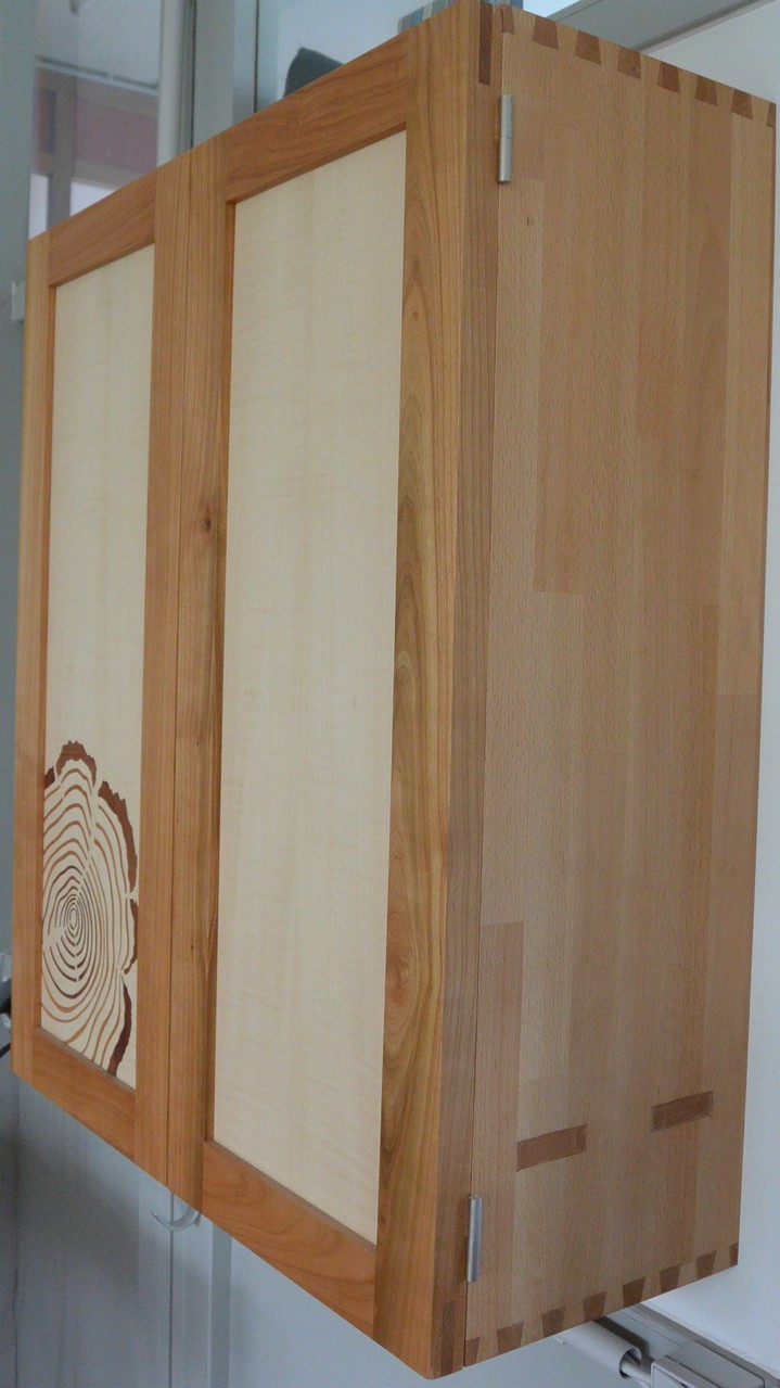 Rahmen aus Kirschbaum, klassisch geschlitzt und gezapft