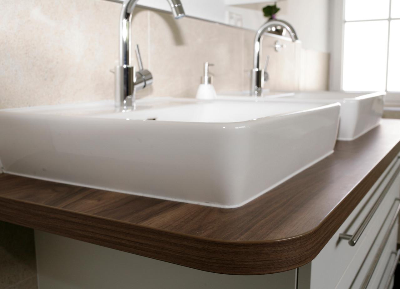 Badmöbel mit 2 Aufsatzbecken, Unterschrank in weiß & Holzdekor Waschtischplatte