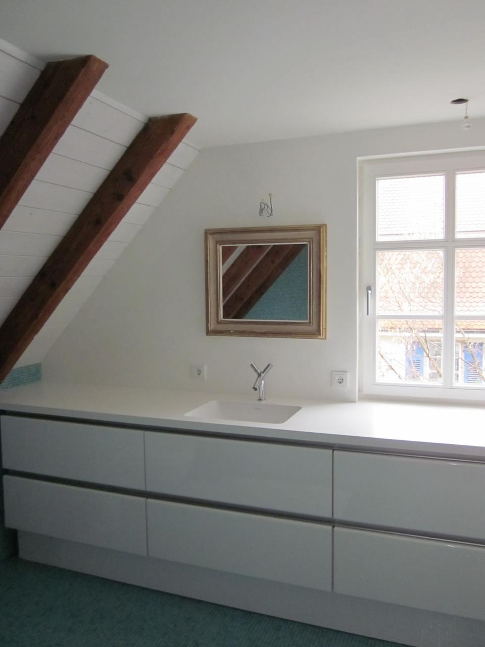 Badezimmermöbel mit Waschtischunterschrank mit flächenbündig eingebautem Duravit Waschbecken Starck 3 Einbauwaschtisch