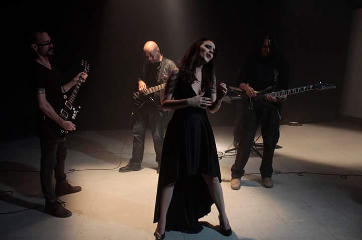 Imágenes del vídeo 'Fuego Negro'