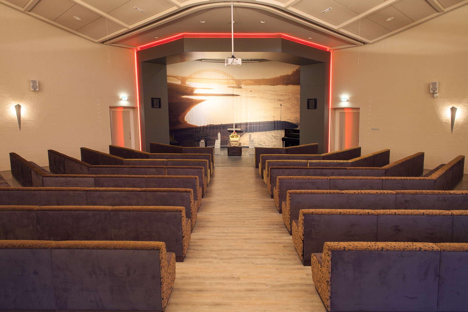 Grote aula crematorium Beuningen