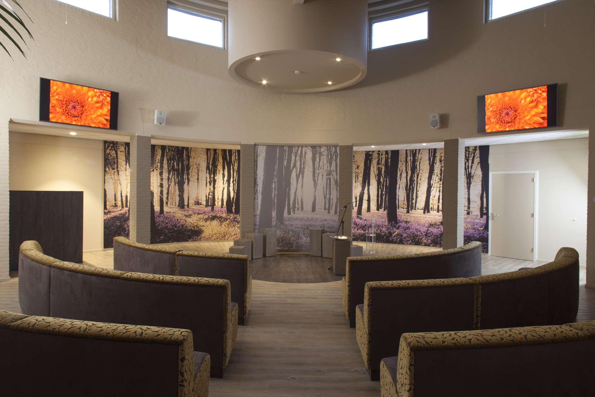 Kleine aula crematorium Beuningen
