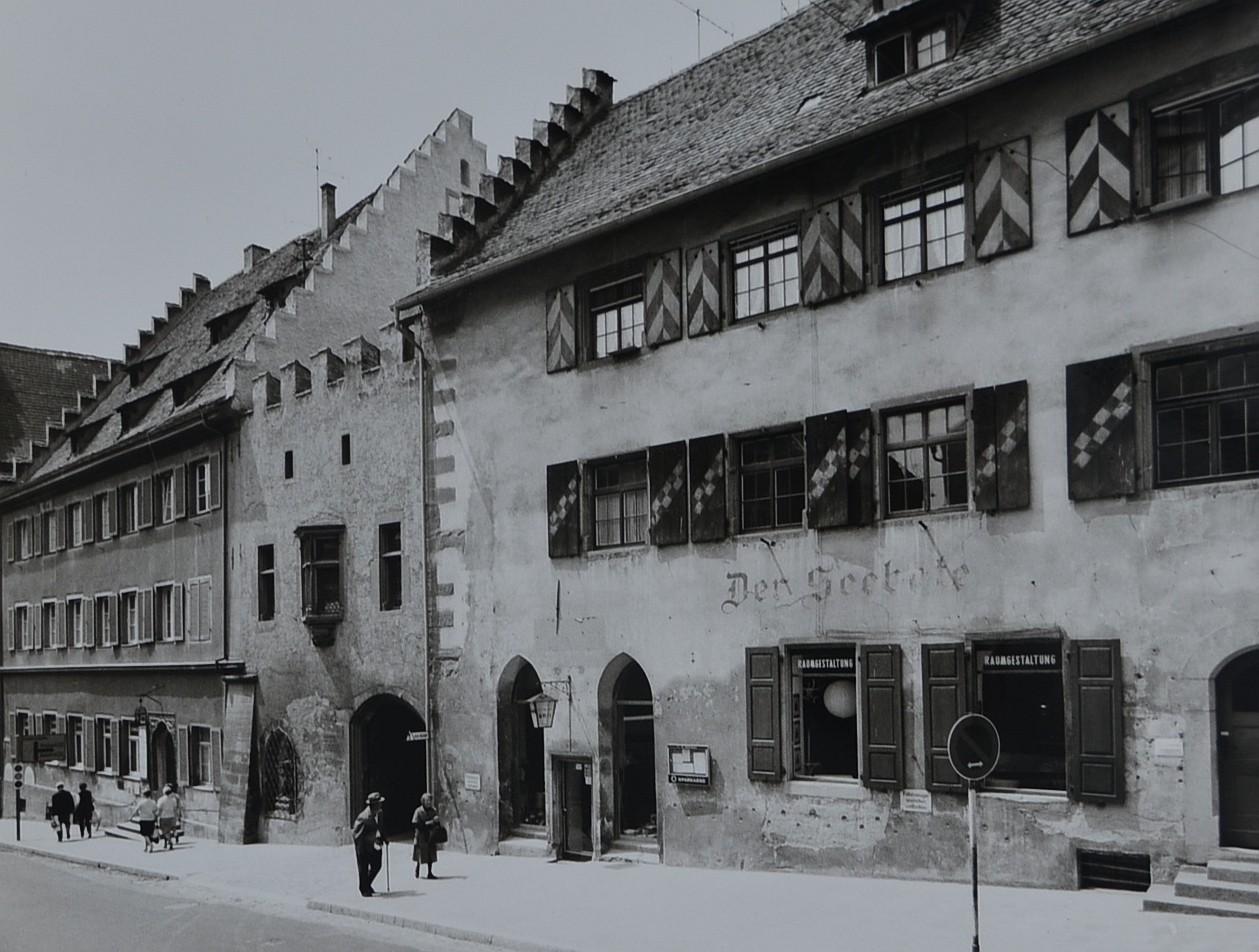 Ansicht des Firmensitzes aus den Anfängen in der Franziskanerstraße in den 60er Jahren.
