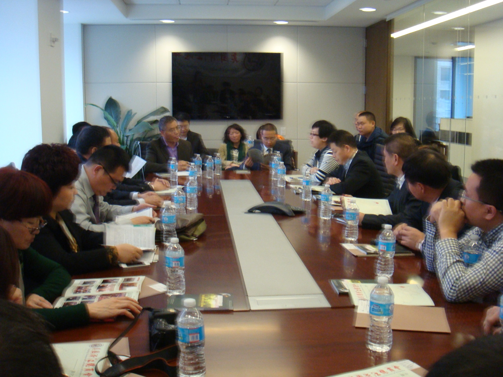 10.30.13 Zhejiang Executives Visiting Group