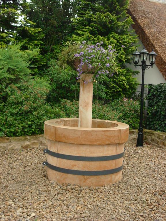 Dorfbrunnen (Säule 135 cm) Dm120/H 90 Art.-Nr. 407s