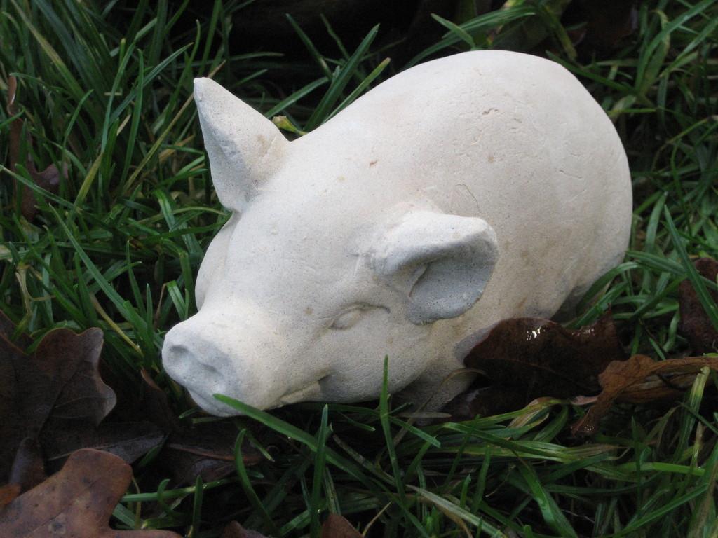 """Schwein """"Hella""""  8/15 cm 0,900 kg Art.-Nr. 206s"""